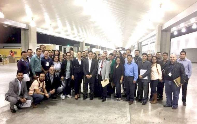 Visitan aduana de Tijuana estudiantes de diplomado en derecho aduanero y comercio exterior