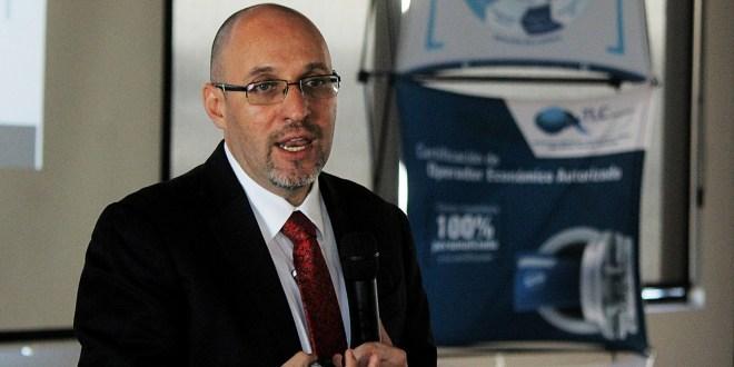 Empresas dejan frontera Norte tras complicarse importación de insumos