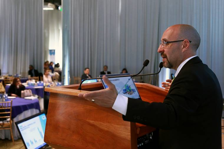 Contempla ley de ingresos de BC un total de 9 impuestos para 2020